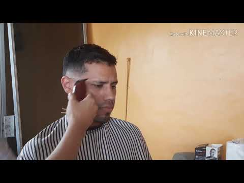 haircut-tutorial:-comb-over-|-low-fade-|-beard