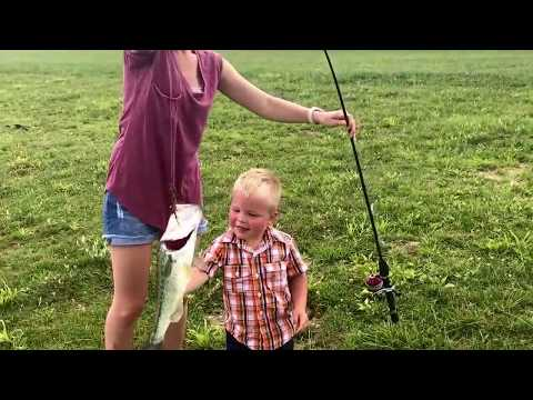 kids-go-fishing-and-catch-a-huge-fish!-we-also-see-some-baby-ducks!