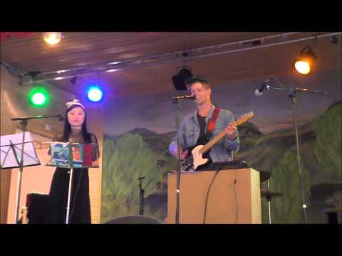 Tramgirl Karaoke Club feat. Edine and Maskopet at the Indiefjord Fest 2015