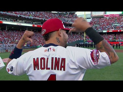 2015 ASG: Molina shows uniform after being booed