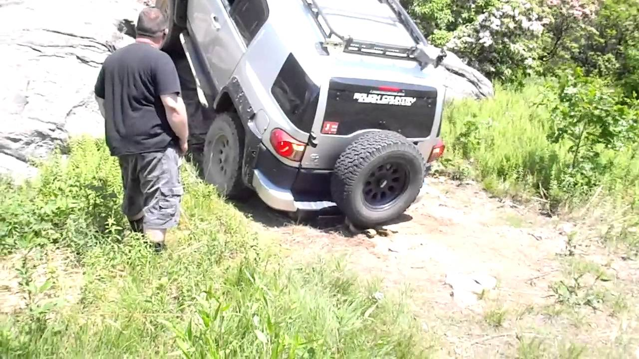 small resolution of  maxresdefault brandon the rebel fj cruiser giving it a good solid try its your oem trailer