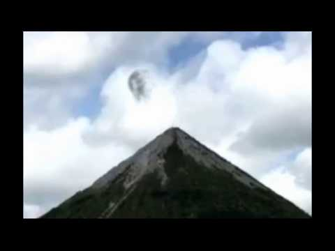UFO Caught from Five Angles in the UK [SIGHTING]