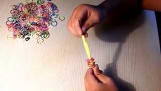 Видеоурок: подвеска из резинок Rainbow Loom всего за несколько минут.