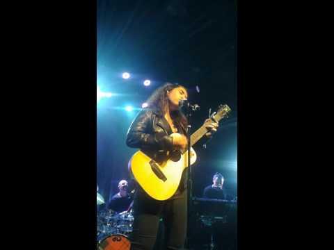Alessia Cara- Overdose