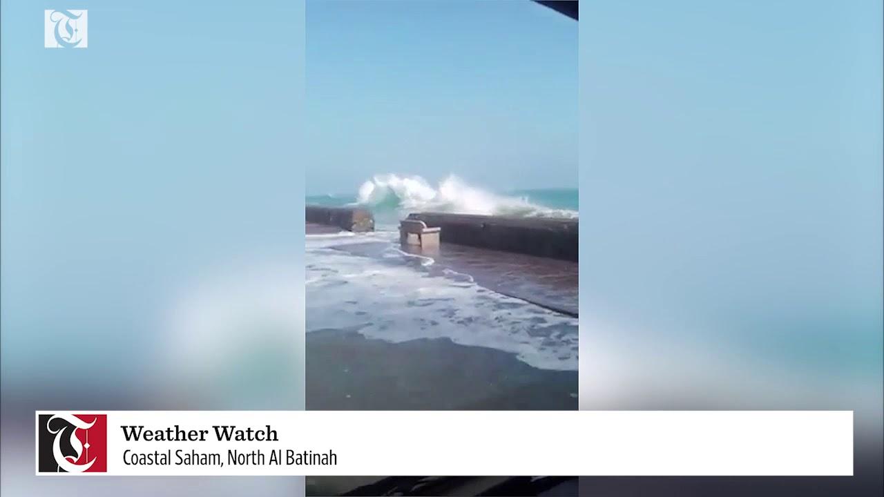 Strong waves at the coast of Saham in the North Al Batinah region