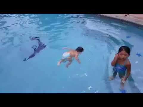 Bébé Qui Nage swimming baby!! bebe qui nage!! - youtube