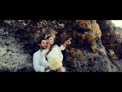 dazzling-wedding-in-bali-[private-beach]