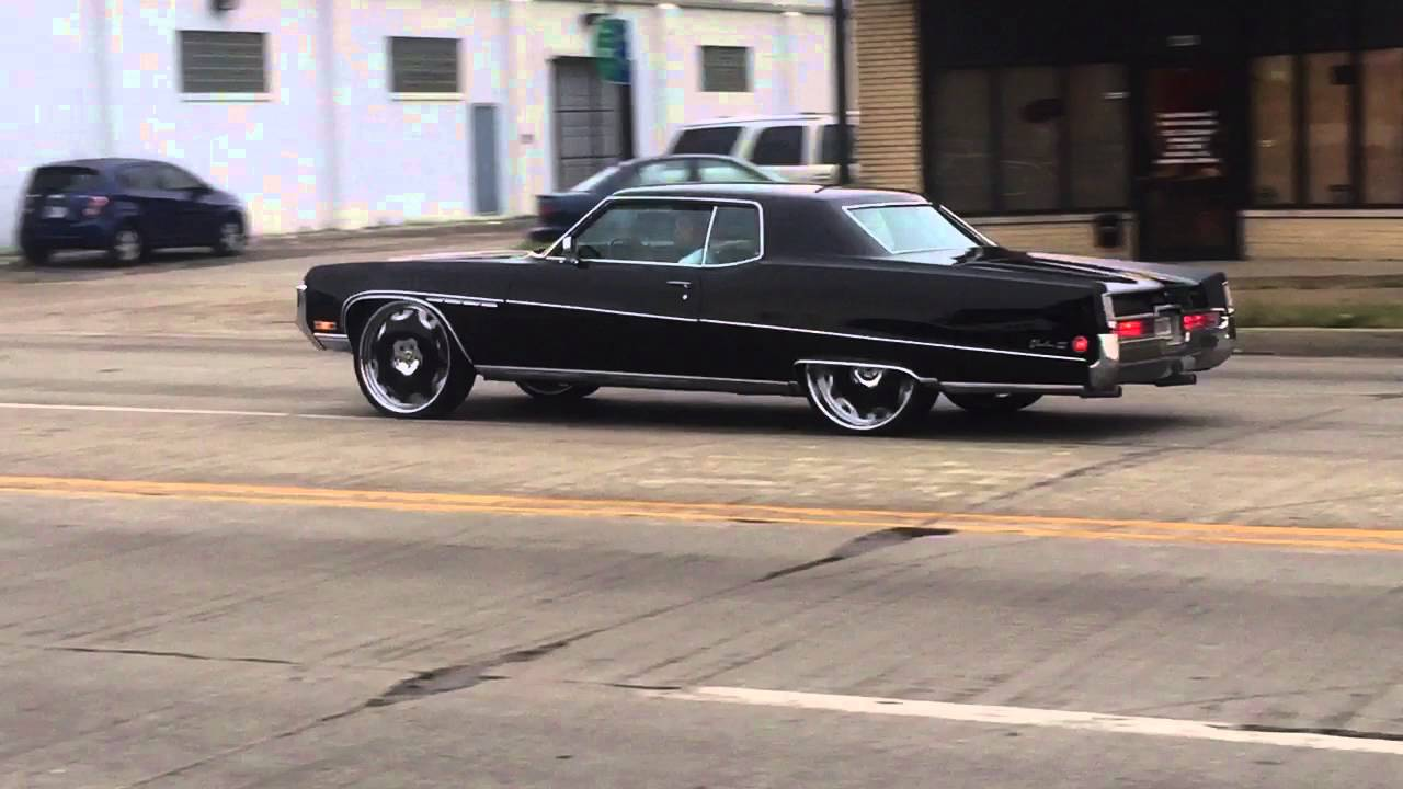 "GN on 22s Buick Electra on 26"" Fiore's - YouTube"