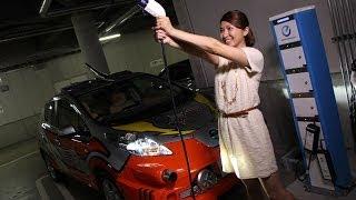 日産の電気自動車「リーフ」と「e-NV200」が7/15から始まる新TVシリーズ...