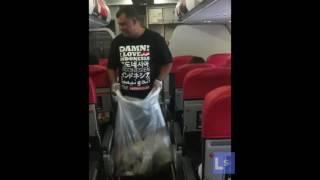 Video Multi MillionaireTony Fernandes collecting rubbish on his airplane download MP3, 3GP, MP4, WEBM, AVI, FLV Agustus 2018