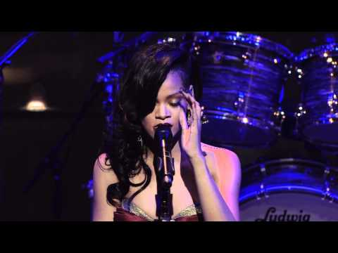 Rihanna performs Bob Marley's