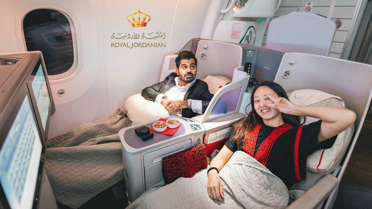 الدرجة الذهبية التاج على طيران الملكية الأردنية 22 000 Youtube