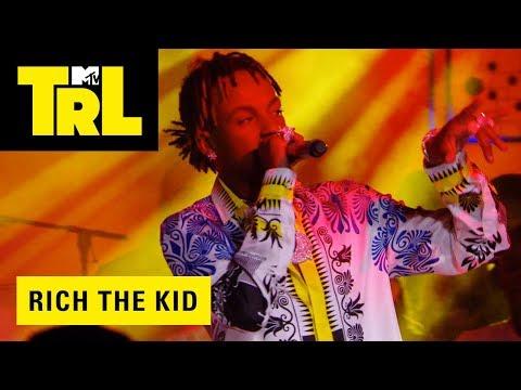 Rich the Kid Performs 'Plug Walk' | TRL