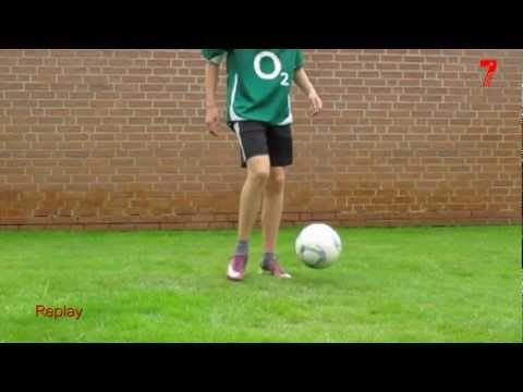 Football freestyle learn the trix
