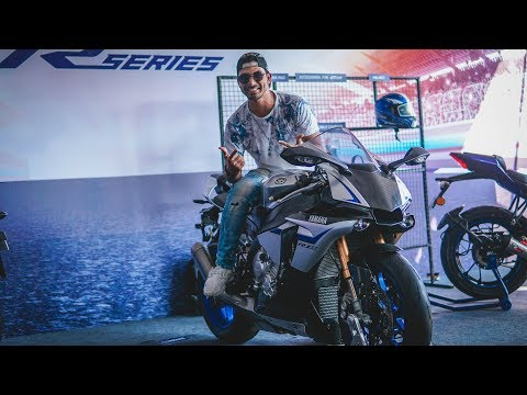 download EXPERIENCING YAMAHA YZF-R1M !!