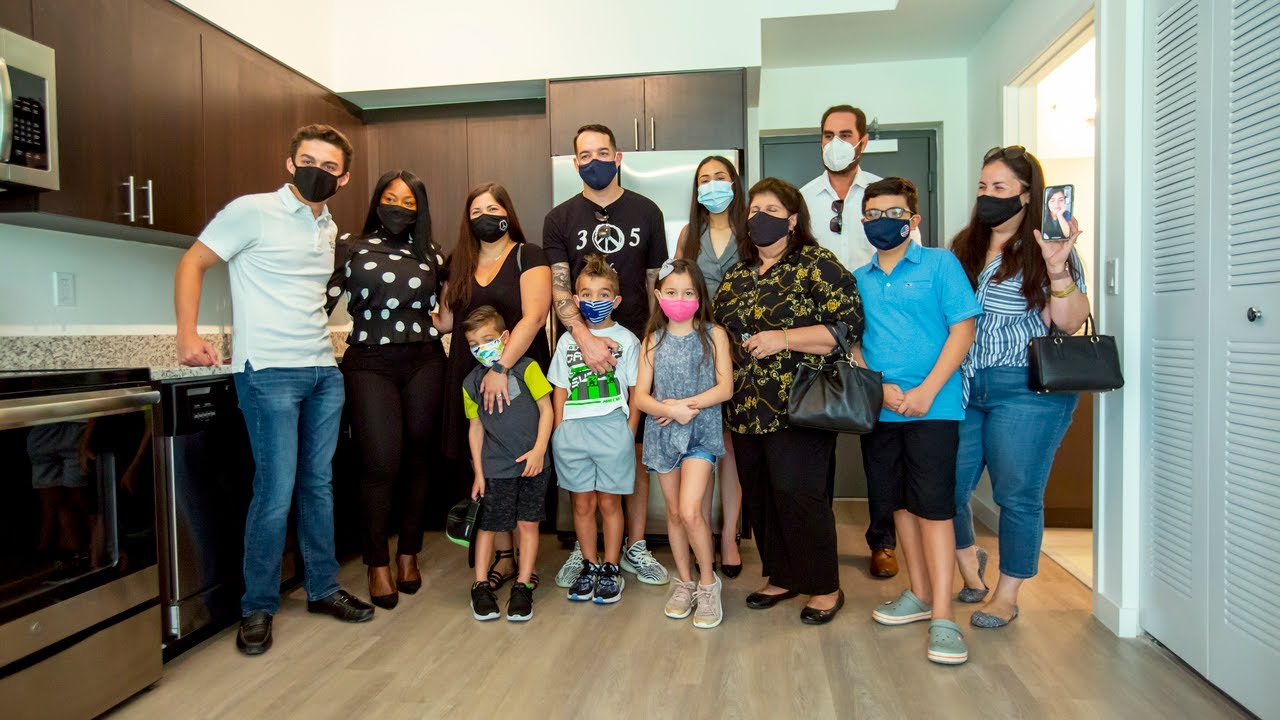 Miami frontline nurses surprised with new apartment after their home burned down