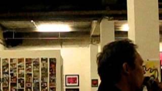 """Kamelogana Projekt Kunstausstellung  """"PAX!""""  (06.09.-27.09.2009) und KITSCHCONSOUL"""