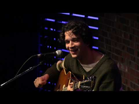 Matty Healy (The 1975) opens up about Imagine Dragons confrontation and drug addiction | The Lounge