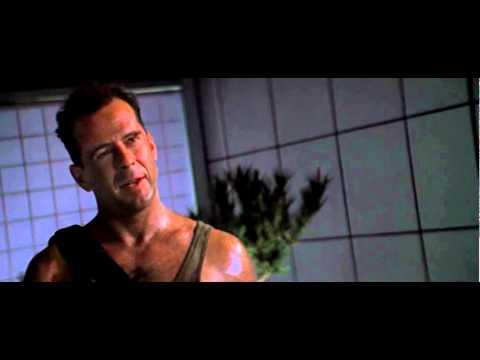DIE HARD - TRAPPOLA DI CRISTALLO: Sono John McClane