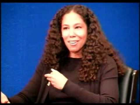 """Inside Obama's West Wing"" - Mona Sutphen"