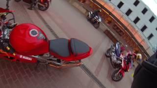 катаемся на мотоцикле suzuki tl 1000 R
