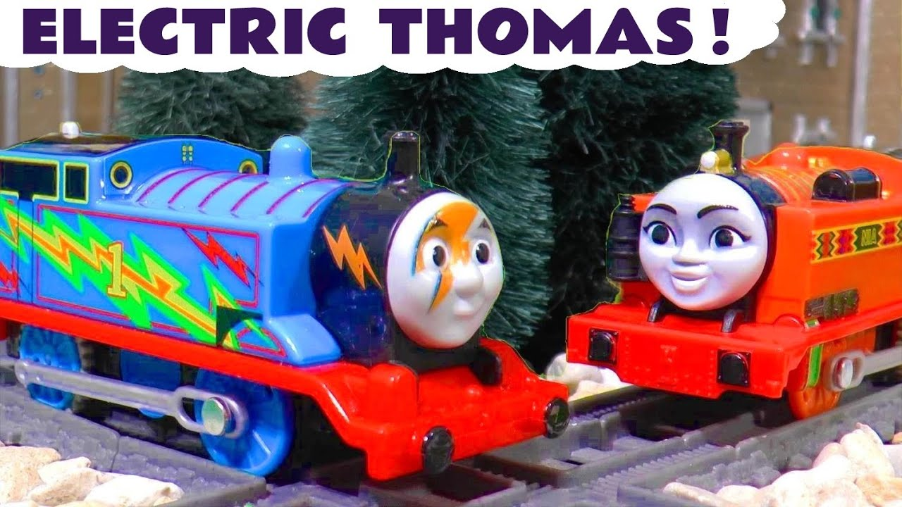 Thomas The Tank Engine Trackmaster Toy Trains Story with Nia and the Funlings TT4U