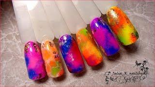 Яркий летний дизайн ногтей пигментами