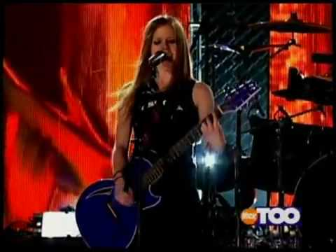 AVRIL LAVIGNE - Complicated (Live at Teen Nick 2002) [HQ]
