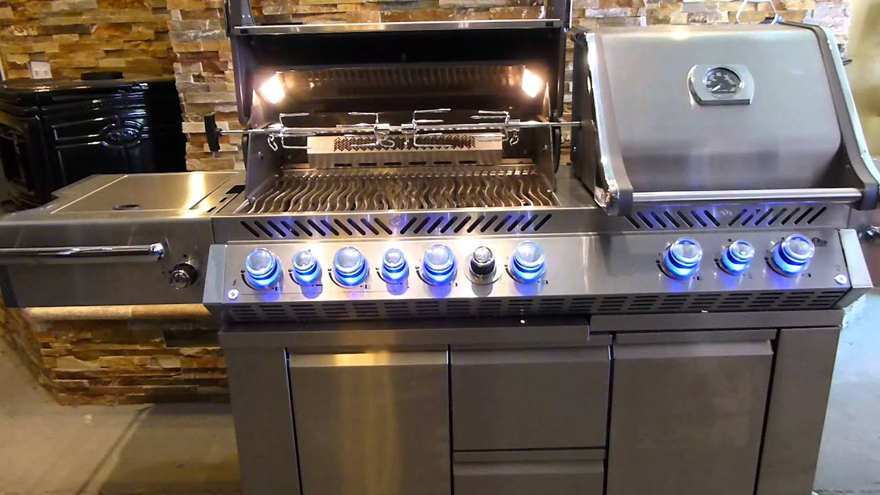 about napoleon gas grills product overview consumer reviews bbq youtube. Black Bedroom Furniture Sets. Home Design Ideas