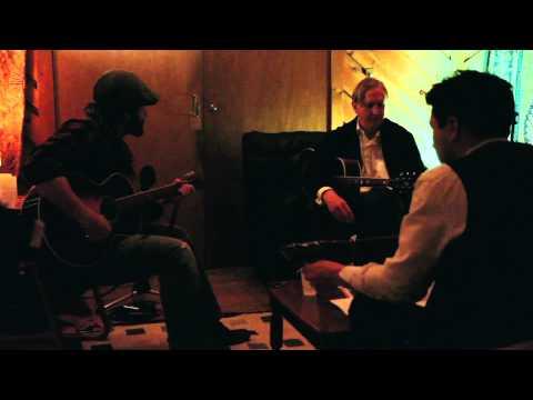 INSIDE LLEWYN DAVIS - T Bone Burnett and Oscar Isaac Featurette