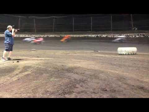Midget flip (poor quality) Macon speedway