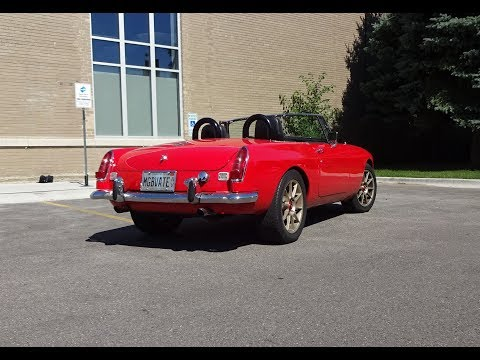 V8 MGB - WOW ! A 1968 MGB in Guards Red & V8 Engine Sound on My Car Story with Lou Costabile
