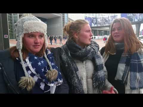 Rencontre de l'envoyée spéciale des globe-reporters avec 3 jeunes femmes belges