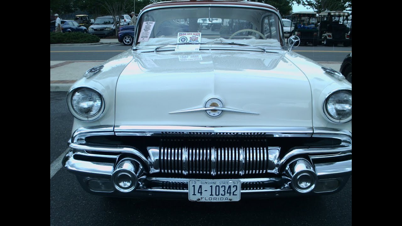 1957 pontiac star chief four door hardtop whtred