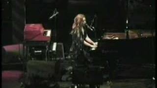 Tori Amos-Riverside.Church-NY-2002 =03-Mrs. Jesus