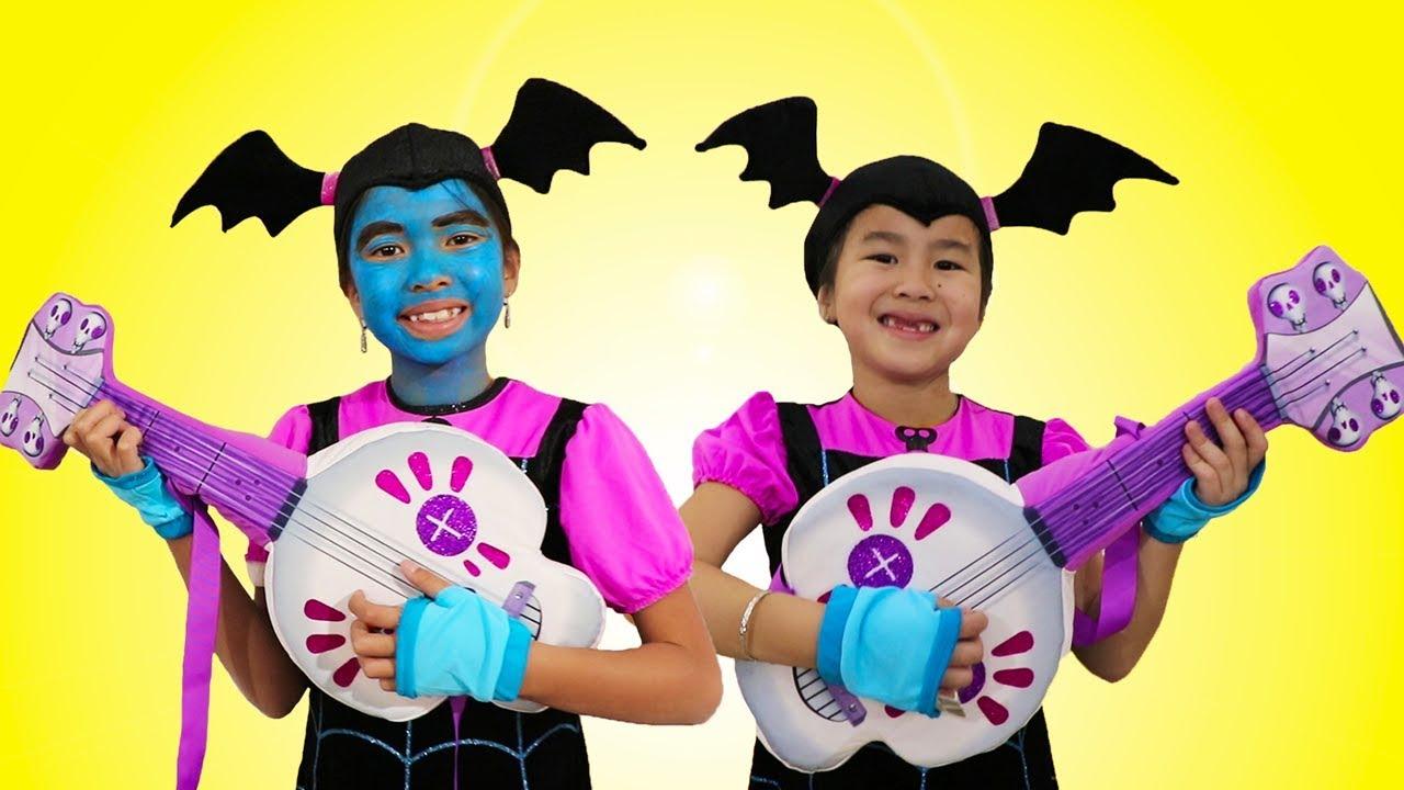 Jannie & Wendy Pretend Play w Favorite Dress Up & Makeup Toys Junior Vampirina Contest