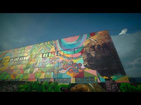Des graffitis donnent un nouveau visage à Minsk