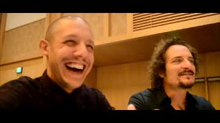 SOA Press Room SDCC 2014 - Theo Rossi and Kim Coates