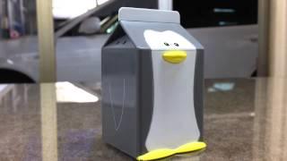 我が家の冷蔵庫の中で電池切れでお亡くなりになっていたペンギン君。 電...