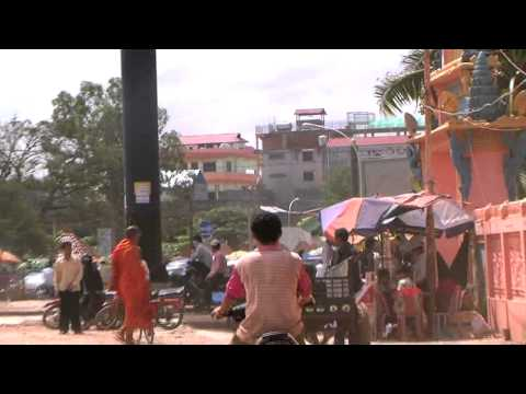 Live in the Present -  A Documentary of Children in Cambodian Slum (1/3)