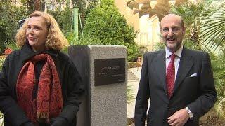 SGAE homenajea a Ana Diosdado dándole el nombre a su jardín