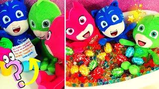La Caccia al Tesoro dei PJ Masks 🐣 Cerchiamo gli ovetti di cioccolato! [Pasqua per bambini]