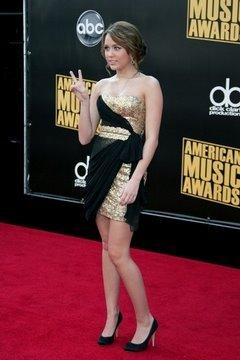 2008 American Music Awards; Miley Cyrus, Three Six Mafia, Joey McIntyre