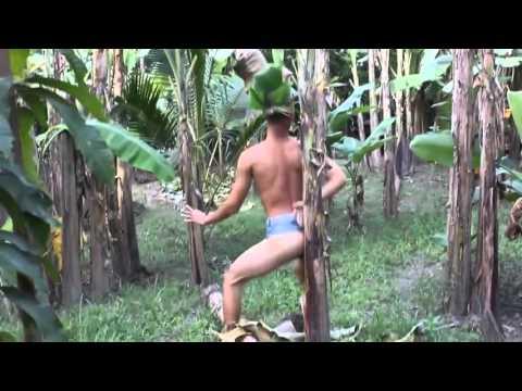 Điệu nhảy với cây chuối   Thánh chuối Việt Nam
