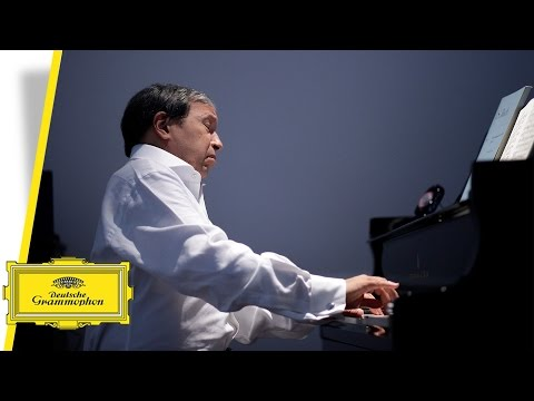 Murray Perahia - Bach: The French Suites - Suite by Suite - No.5 in G Major (Interview/Performance)