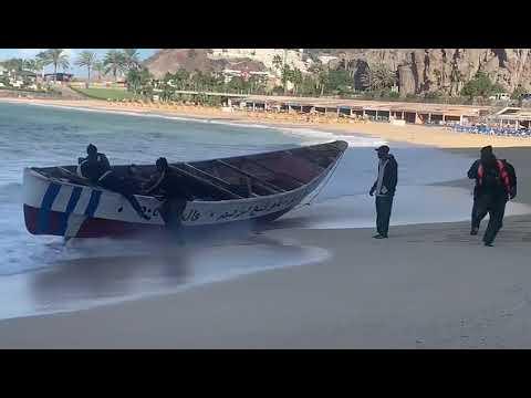 Llegada de patera a la Playa de Amadores en Gran Canaria el 08.01.2021