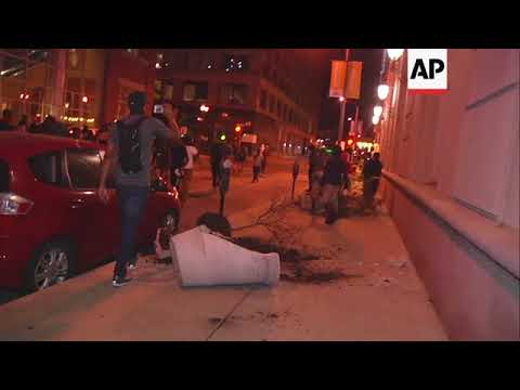 Protest In Oakland Turns Violent, 22 Arrested, Looters Detained ...