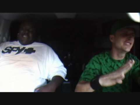 Rob & Big - Do You Know Pingpong Song - (Rob going wild)