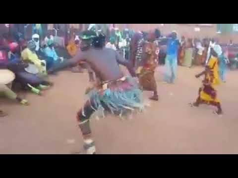 Kali wasar gardawa wada sukayi à garin Gidan illo dake NIGER jahar tahoua bouza daga Lawali Alai g thumbnail