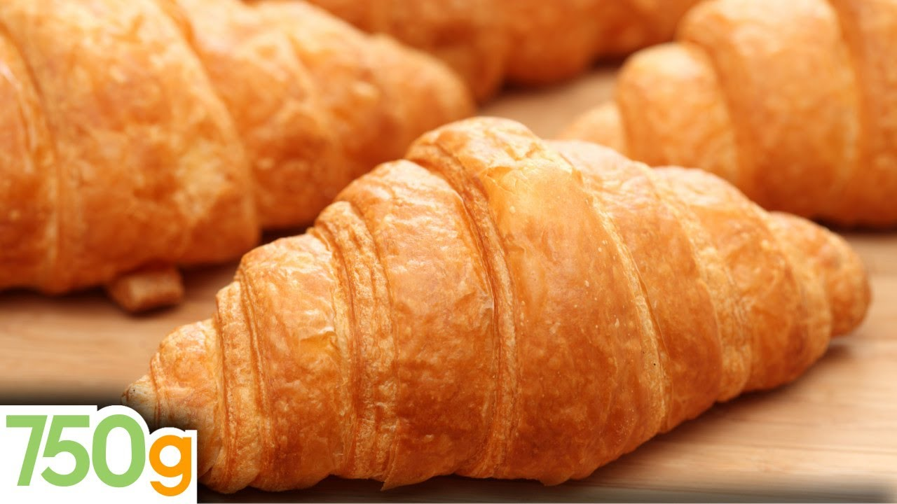 recette des croissants maison homemade croissants english subtitles 750 grammes youtube. Black Bedroom Furniture Sets. Home Design Ideas